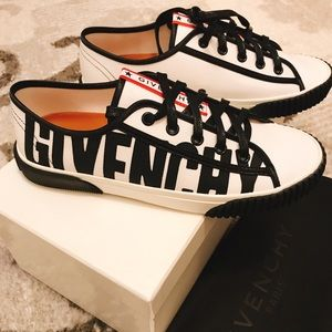 Auth. Givenchy logo boxing sneakers shoes 37/7